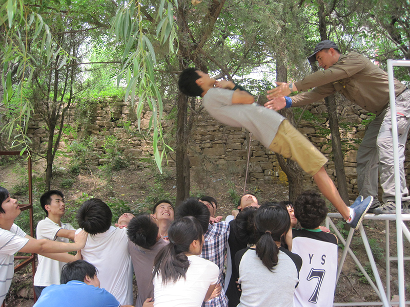 济南大学2012年7月21日旅游拓展照片